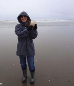 jodi and big seashell